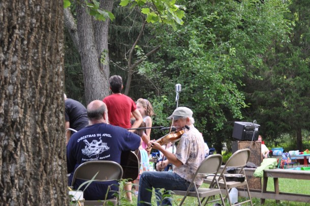 garden and fiddlers 021