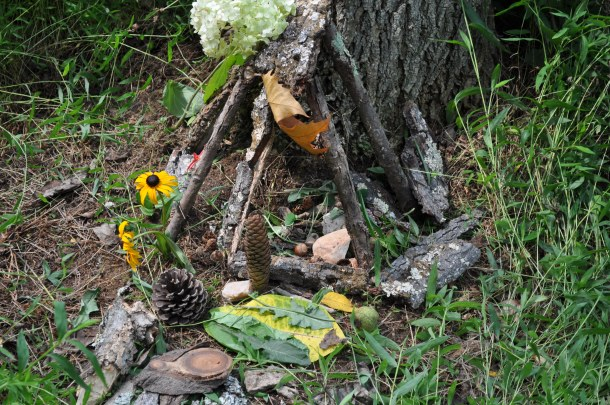 fairy houses and food pics 019