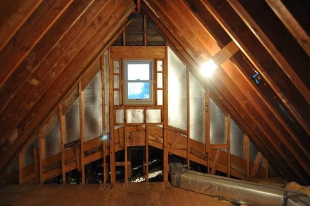 attic pics 003